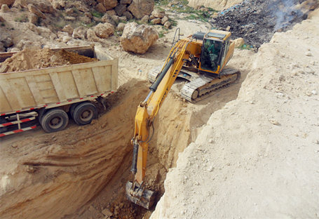 Excavator Tips for Trenching Application