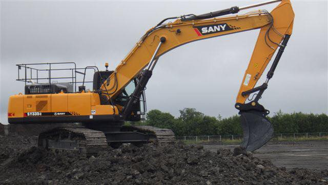 SANY Crawler excavator's cleaningmethod