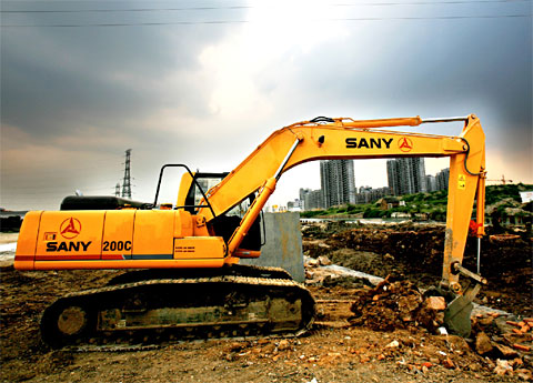 SANY SY 200C excavators used in Wuxi's Yanqiao primary school
