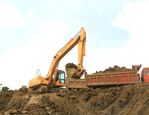 SANY SY210C excavators used in the reconstruction of Shuofang International Airport