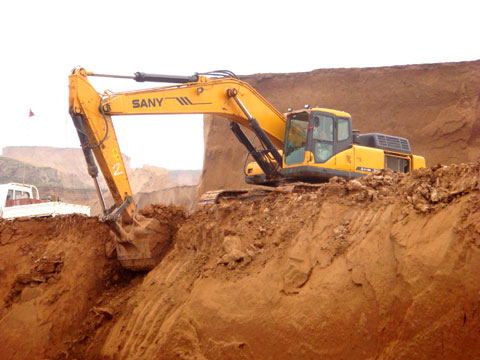 SANY SY235C excavators used in Anjialing coal mine