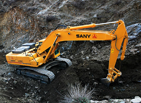 SANY SY365H excavators used in Meihekou coal mine