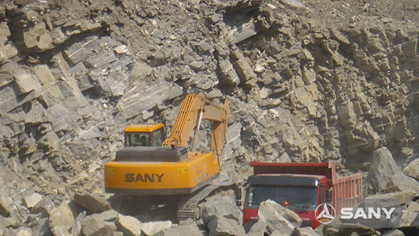 SANY SY335C excavators used in quarry in Nigeria