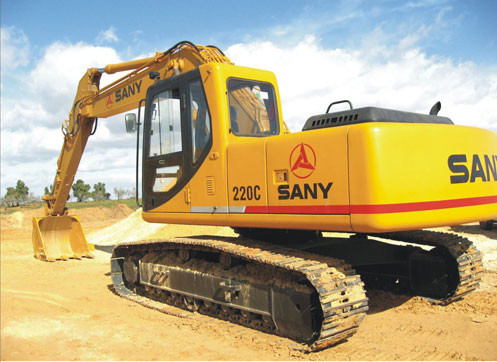 SANY SY220C5 excavators used in impounding reservoir construction