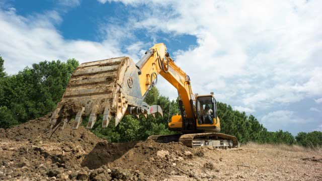 Sany excavator construction of mountain road foundation in North of Australia's National Parks