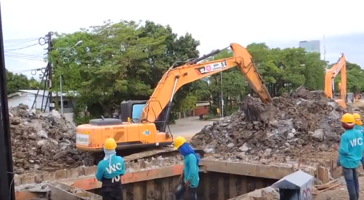 SANY medium excavator SY215C used in urban construction in Australia
