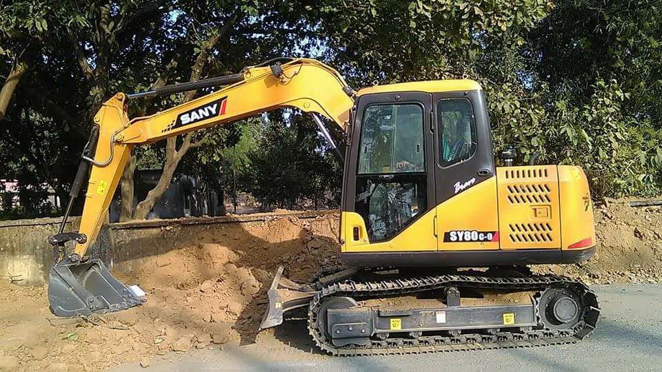 Excavator Guidelines for Construction Equipment Storage