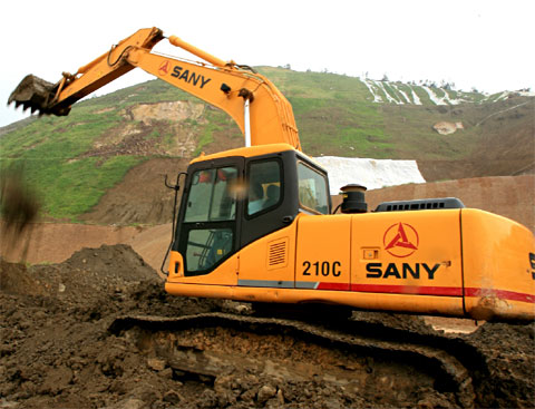 SANY SY210C excavators used in the construction of Suzhou International Expo Centre