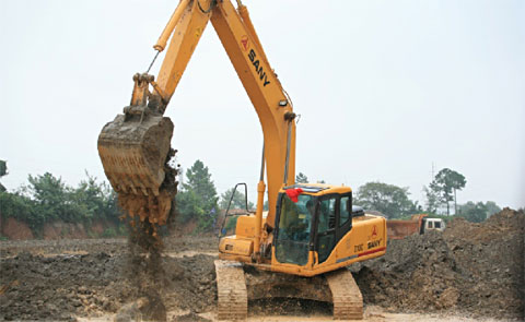 SANY excavators used in Ganzhou section of Kunming-Xiamen expressway