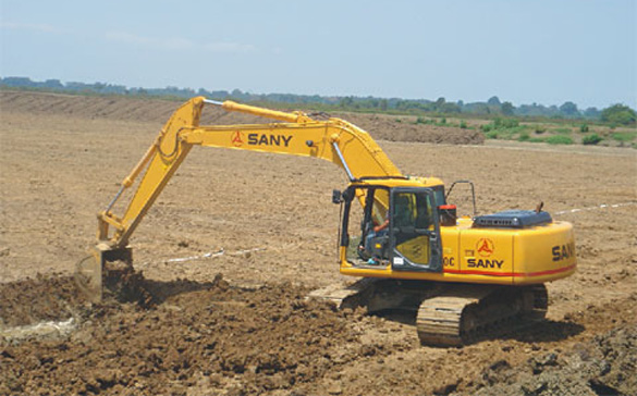 SANY Excavator Built Fishpond in Ecuador