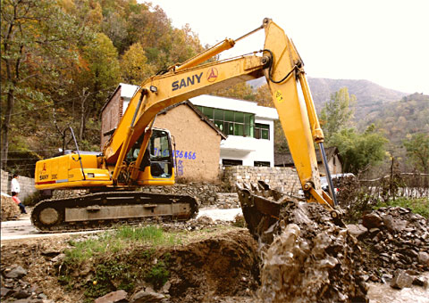 SANY SY235C excavators used in Middle-Route of South-to-North Water Transfer Project