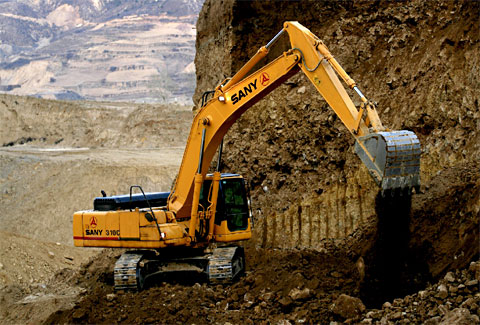SANY SY210C excavators used in mining project in Luoyang