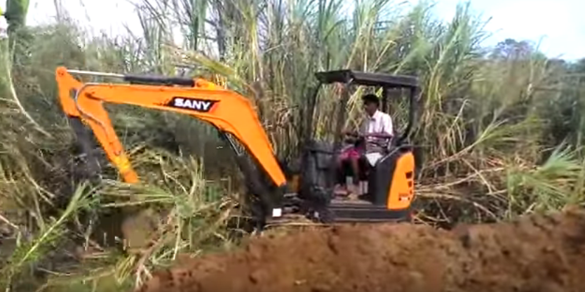 SANY 3.5 ton mini excavator SY35U used in reclamation in India